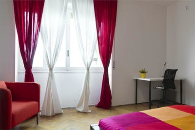 Stylish double bedroom near Sondrio metro station  - Gallery -  1