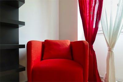 Stylish double bedroom near Sondrio metro station  - Gallery -  3