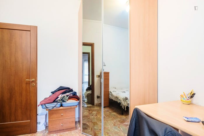 Welcoming bedroom near Gemelli train station  - Gallery -  4