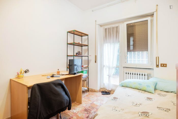 Welcoming bedroom near Gemelli train station  - Gallery -  1