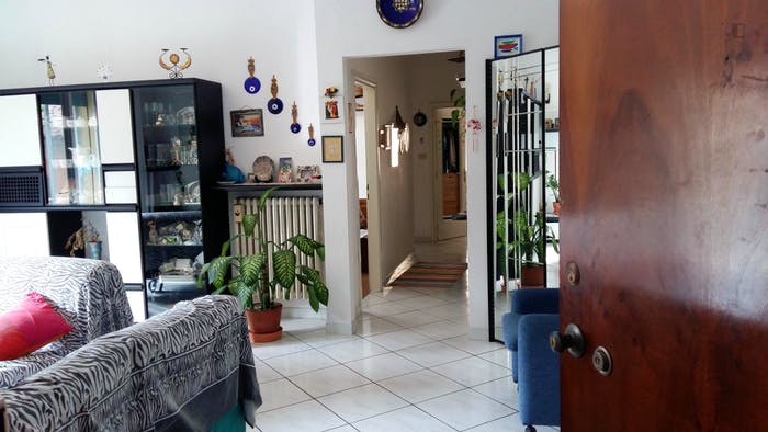 Very nice double bedroom, in a 3-bedroom flat near Museo d'Arte Moderna di Bologna  - Gallery -  4