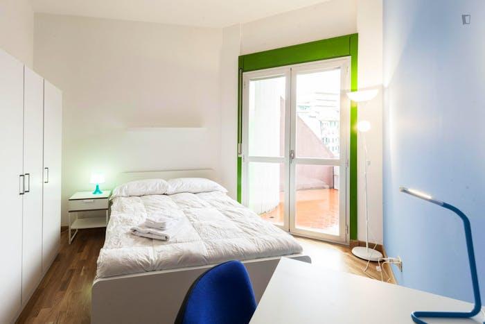 Very cool double bedroom near the Santa Maria Novella train station  - Gallery -  1