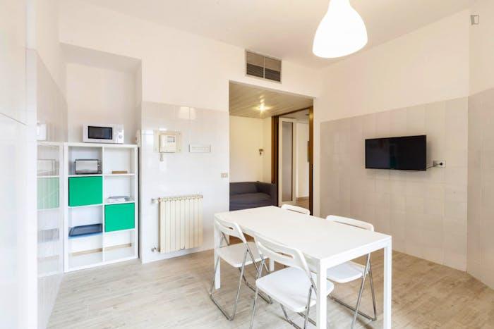 Very cool double bedroom near the Santa Maria Novella train station  - Gallery -  9