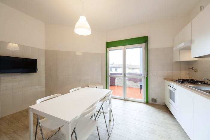 Very cool double bedroom near the Santa Maria Novella train station  - Gallery -  7
