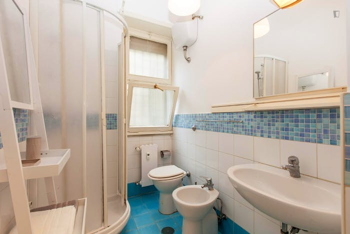 Very cool 1-bedroom flat close to S.Agnese/Annibaliano metro station  - Gallery -  4