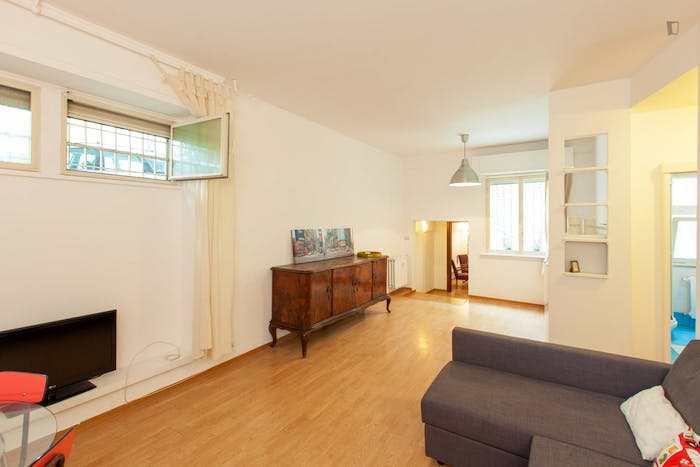 Very cool 1-bedroom flat close to S.Agnese/Annibaliano metro station  - Gallery -  2