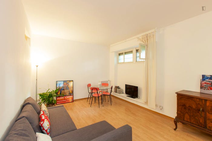 Very cool 1-bedroom flat close to S.Agnese/Annibaliano metro station  - Gallery -  1
