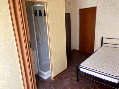 Wonderful bedroom close to the University FCT - Universidade Nova and 5 minutes from the Sea!  - Gallery -  3