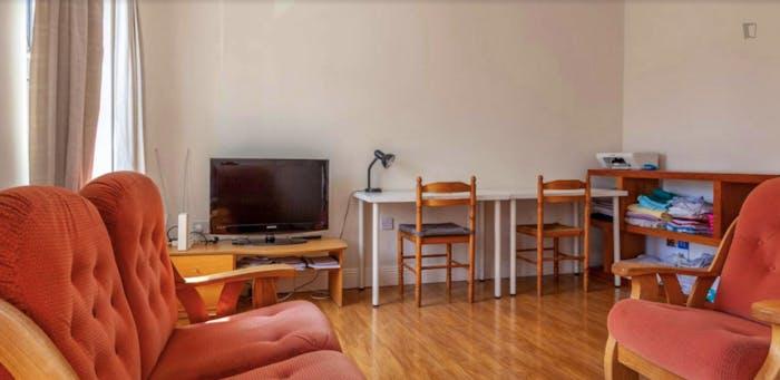 Welcoming bedroom in The Liberties neighbourhood  - Gallery -  4