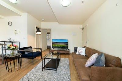 Stylish 2-bedroom apartment near RMIT University  - Gallery -  3