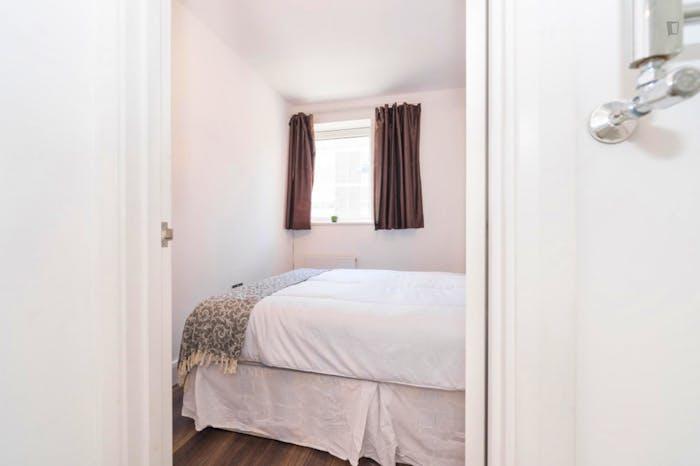 Very nice double ensuite bedroom in popular Marylebone  - Gallery -  1