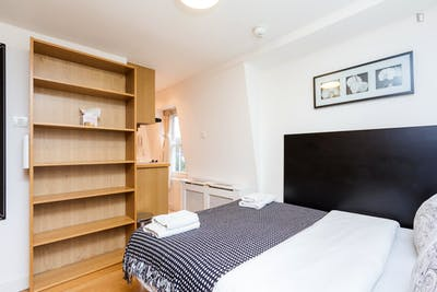 Studio apartment in well-connected King's Cross  - Gallery -  3