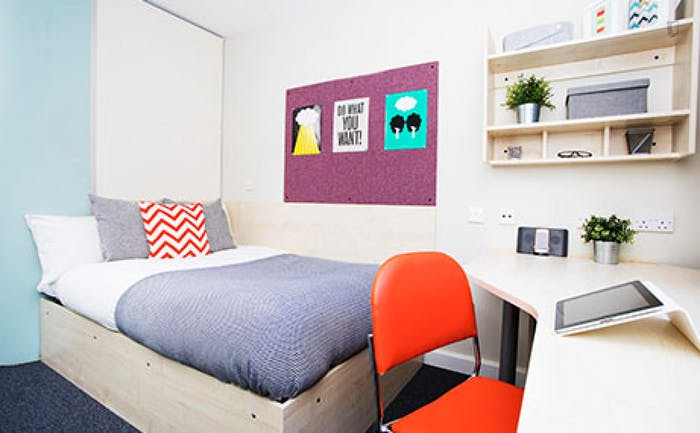 Welcoming studio in a residence, near the Stepney Green tube  - Gallery -  4
