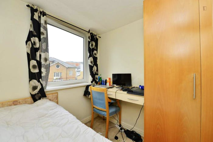 Warm single bedroom near the Shadwell train station  - Gallery -  2