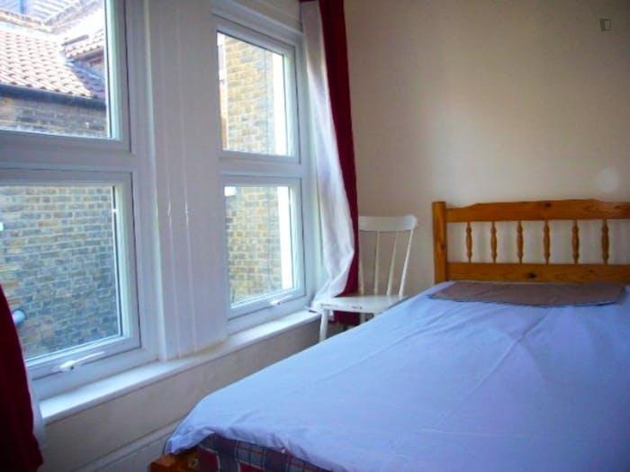 Very nice double bedroom in Deptford  - Gallery -  2