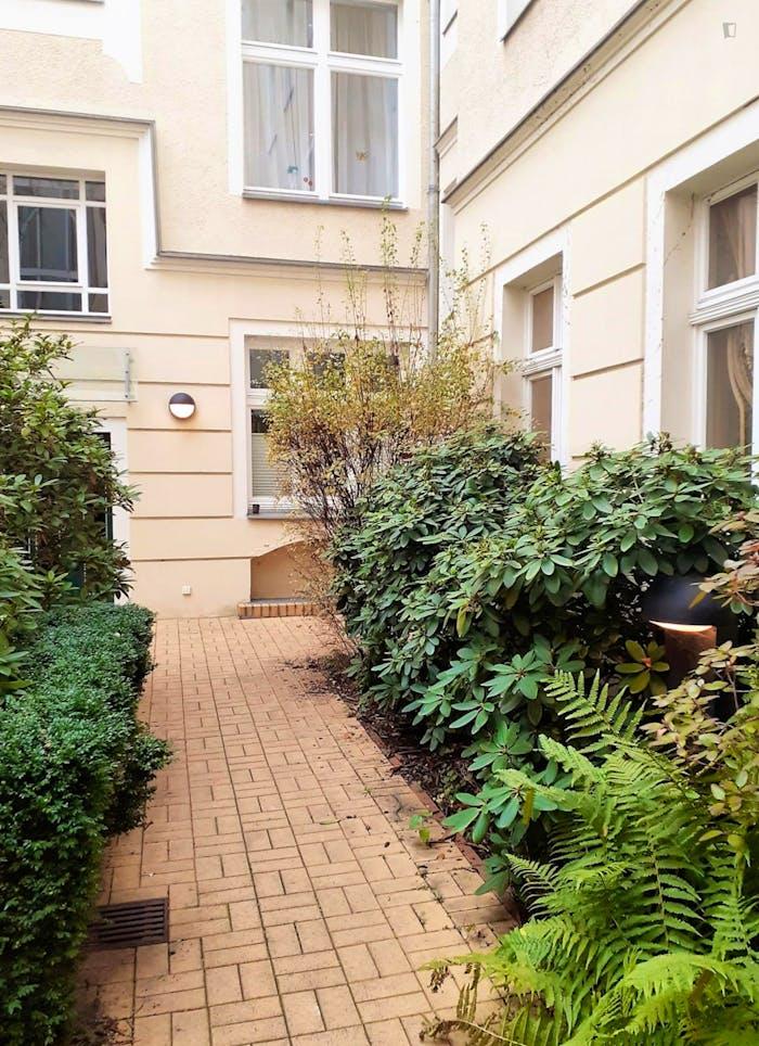 Wonderful 1-bedroom apartment in Berlin, Charlottenburg near Sophie-Charlotte Platz metro station  - Gallery -  9