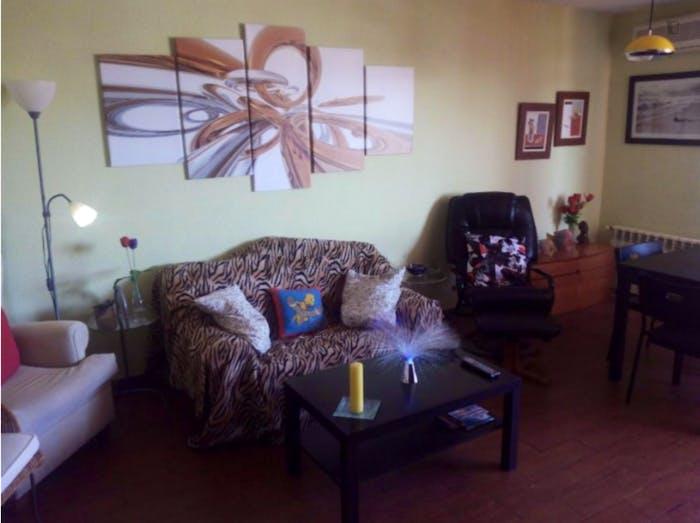 Well-lit single bedroom in Usera  - Gallery -  3