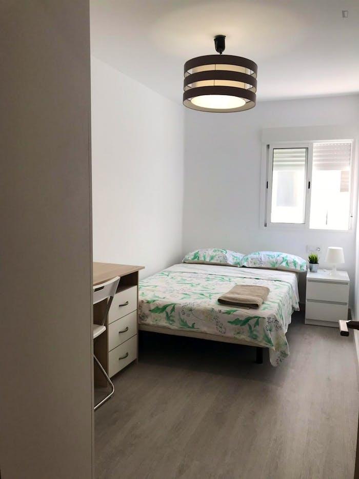 Very neat double bedroom in Benimaclet  - Gallery -  1