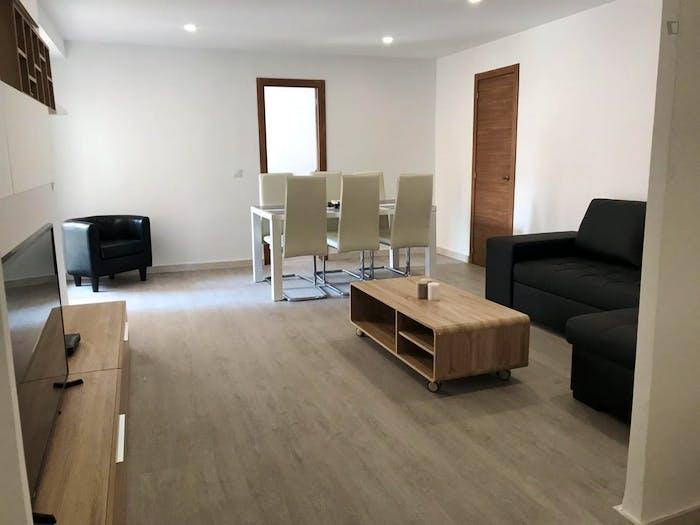 Very neat double bedroom in Benimaclet  - Gallery -  4