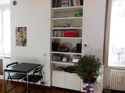 Studio apartment in Milano Isola  - Gallery -  3