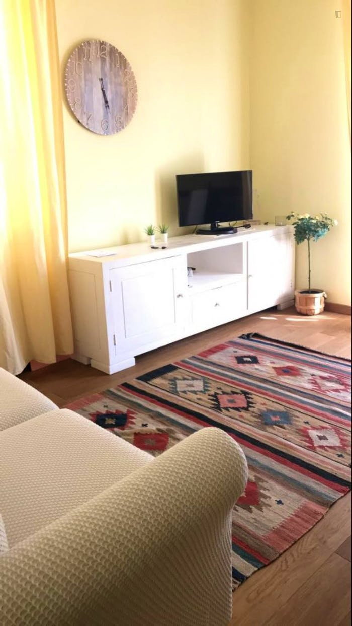 Wonderful apartment with balcony close to QT8 Metro station  - Gallery -  4