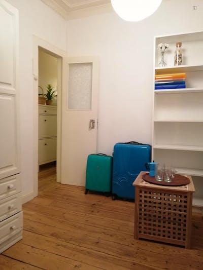 Suite Bedroom in Cais do Sodre/Santos  - Gallery -  2