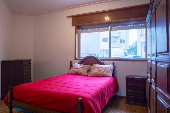 Very nice double bedroom in the Paranhos parish  - Gallery -  1