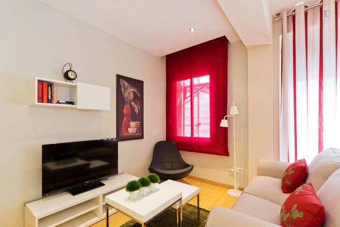 Very cool 2 bedrooms apartment in Les Corts  - Gallery -  4