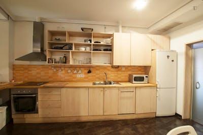 Suitable single bedroom in 3-bedroom flat, near Universidad Politécnica de Madrid - Campus de Montegancedo  - Gallery -  3