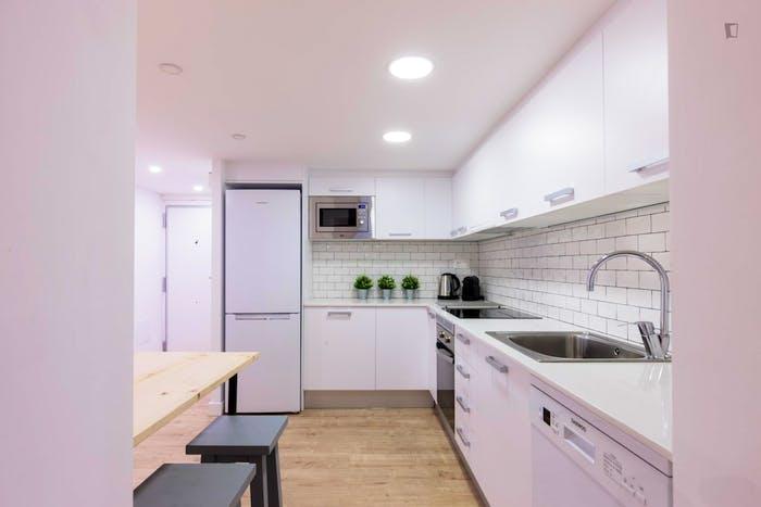 Welcoming 2-bedroom flat in El Raval  - Gallery -  9