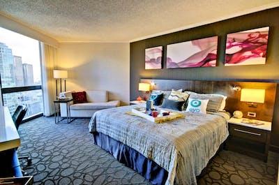 Incredible King size bedroom in Montréal
