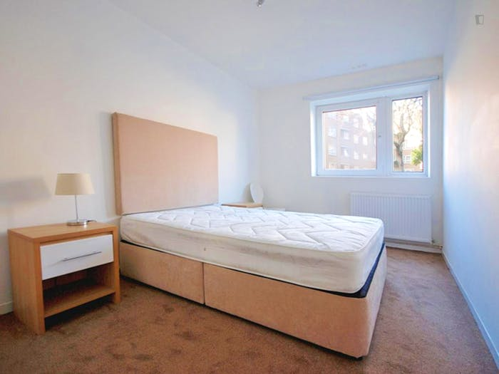 Very nice double bedroom near the South Hampstead train station  - Gallery -  1
