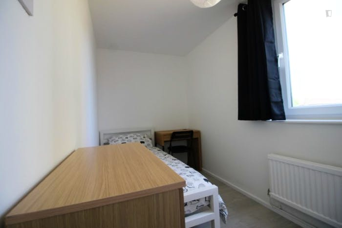 Very nice single bedroom near the Bromley-by-Bow tube  - Gallery -  3
