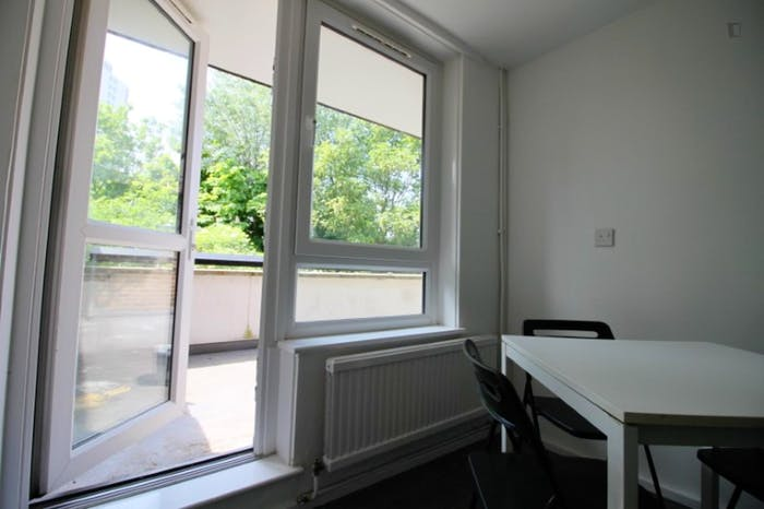 Very nice single bedroom near the Bromley-by-Bow tube  - Gallery -  8