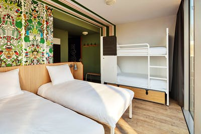 Deluxe bed in a 4-bed dorm, in a hostel in Oosterpark