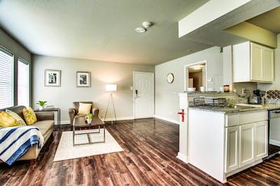 University Oaks, UTSA Student Apartments  - Gallery -  3