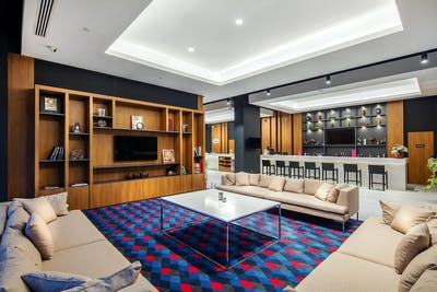 Luxury Modern Complex - Incl. Coworking + Gym