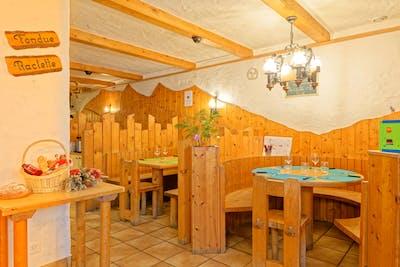 Antique Lodge w/ Carnotzet + Infrared Sauna