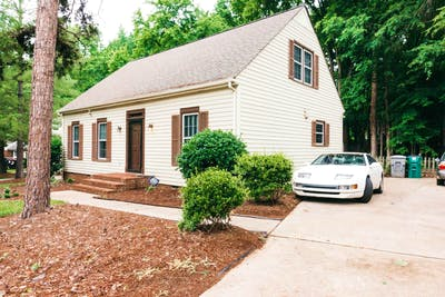 Newly Updated House - Incl. Private Backyard with Hot Tub