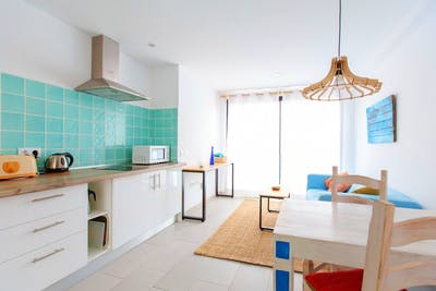 Classic Canarian Beach House - Incl. Coworking + Rooftop Deck w/ Jacuzzi.