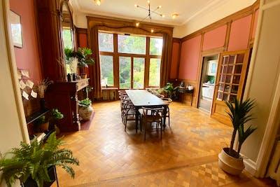 Vibrant Stylish House w/ Garden Deck