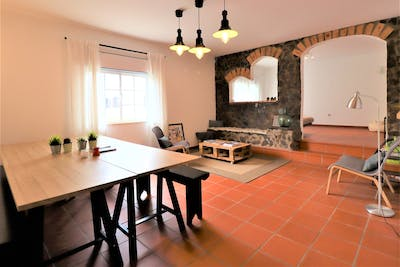 Traditional Styled House w/ Coworking  - Gallery -  1