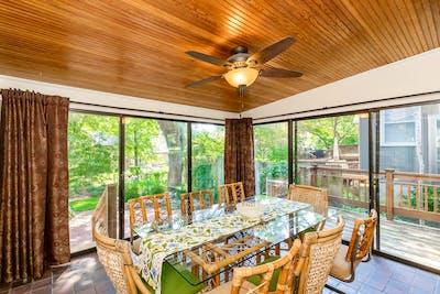 Luxury Spacious Home - Incl. Backyard Garden