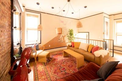 Spacious Well-Lit House w/ Terrace + Movie Room + Gym