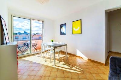 Sunny Modern Apt. - Incl. Terrace + Workspace  - Gallery -  1