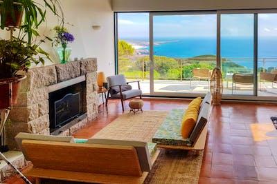 Stunning Beachfront Villa w/ Coworking + Jacuzzi + Yoga Deck