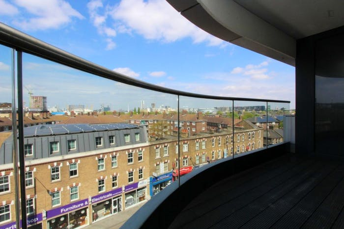Unique double bedroom, with private balcony, in trendy Greenwich  - Gallery -  7