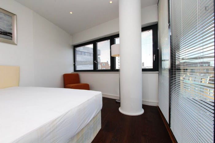 Unique double bedroom, with private balcony, in trendy Greenwich  - Gallery -  5