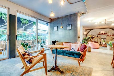 Upscale Designed Building w/ Coworking + Bar