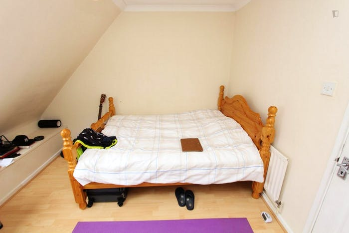 Very nice double bedroom in a 4-bedroom house, in Isle of Dogs  - Gallery -  3